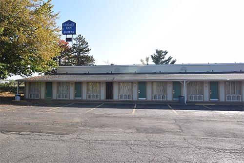 The Legacy Inn Hotel & Suites, 810 High Street, Wadsworth,  Ohio 44281